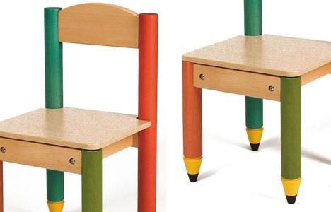 Sedie per i bambini allegre simpatiche e colorate - Tavolo e sedia per bambini ...