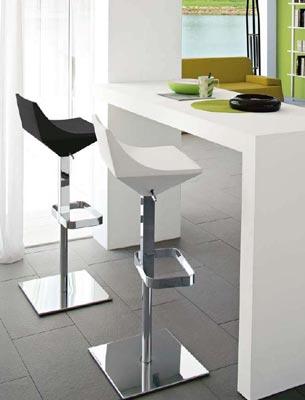 Sgabelli semplici da bancone o di design consigli utili - Sgabelli moderni per cucina ...